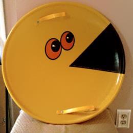 Pac-Man snow saucer