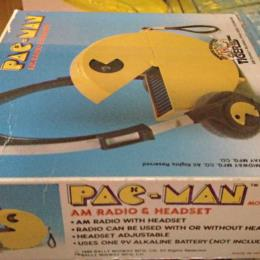 Pac-Man AM Radio and Headset by Tiger Electronic Toys