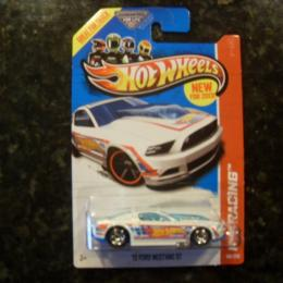 106/250 - '13 FORD MUSTANG GT