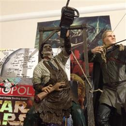 Mcfarlane 12 Inch Leather Face
