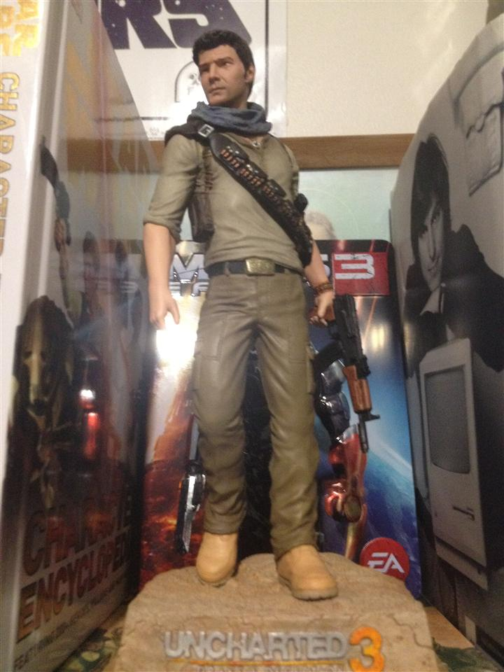 Sideshow Collectibles Nathan Drake