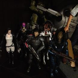 BIG FISH TOYS Complete Mass Effect Set