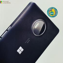 Lumia 950 XL (Asia) by Microsoft