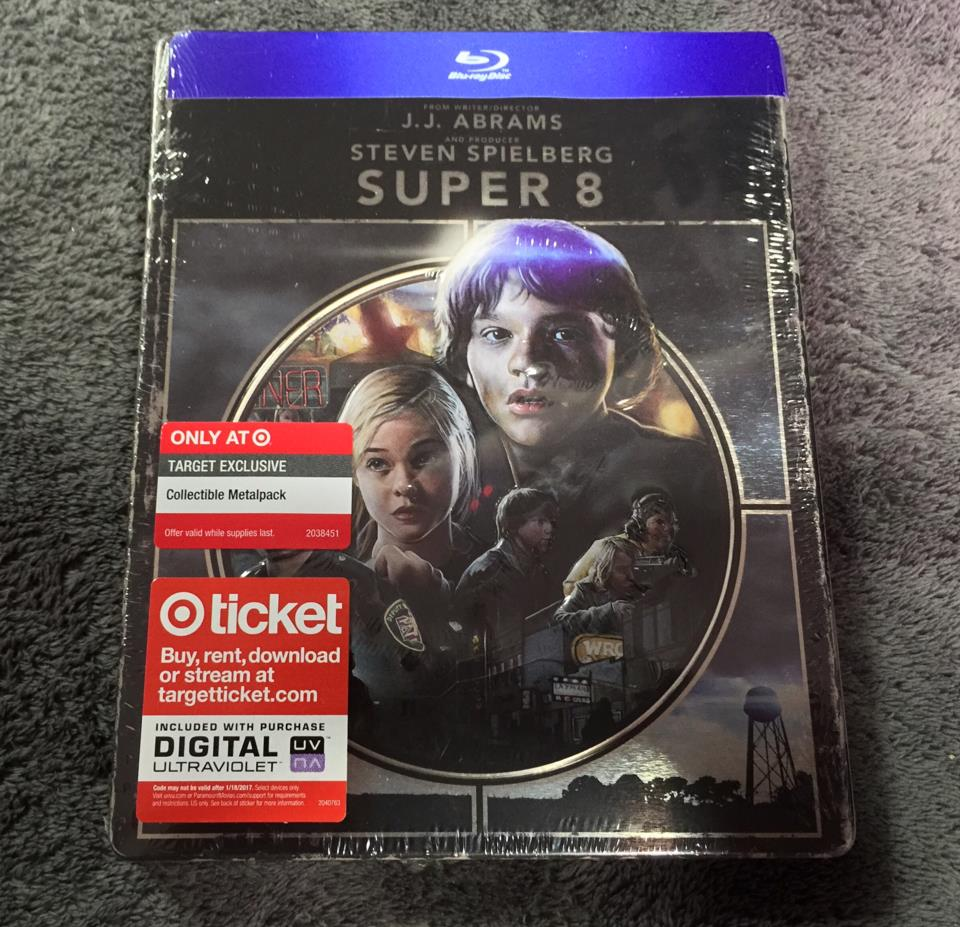 SUPER 8 (US)
