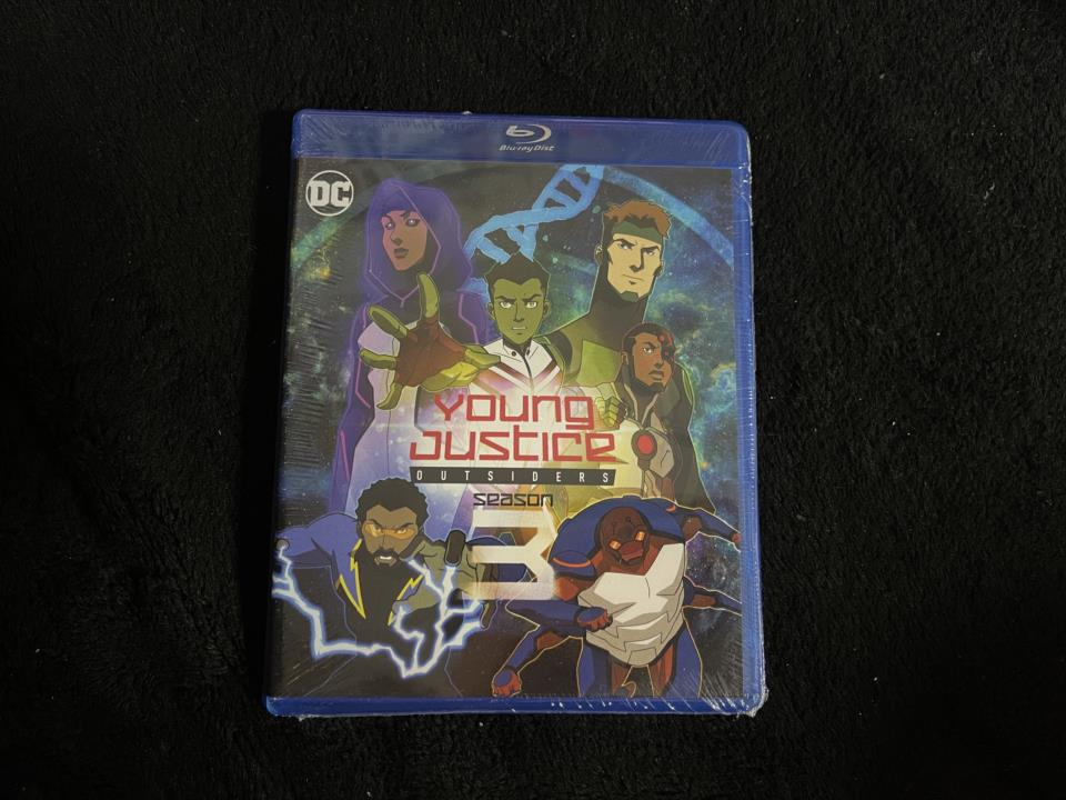 YOUNG JUSTICE: OUTSIDERS (US)