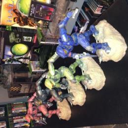 "Halo Collection: 12"" Kotobuykia Statues"