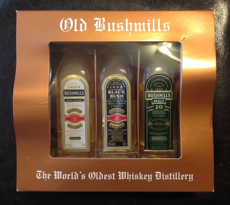 Whiskey Old Bushmills Miniature Set
