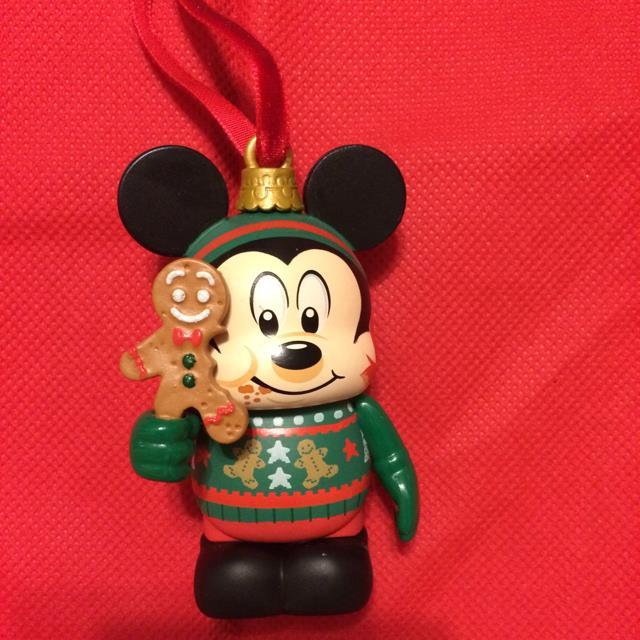 Disney Christmas Mickey Vinyl