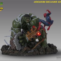 M_Incredible Hulk vs Spider-Man | Exclusive
