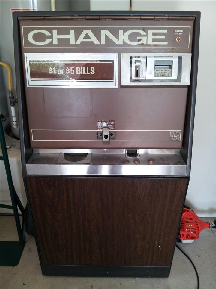 Rowe Bc 35 Change Machine Collected In Arcade Game