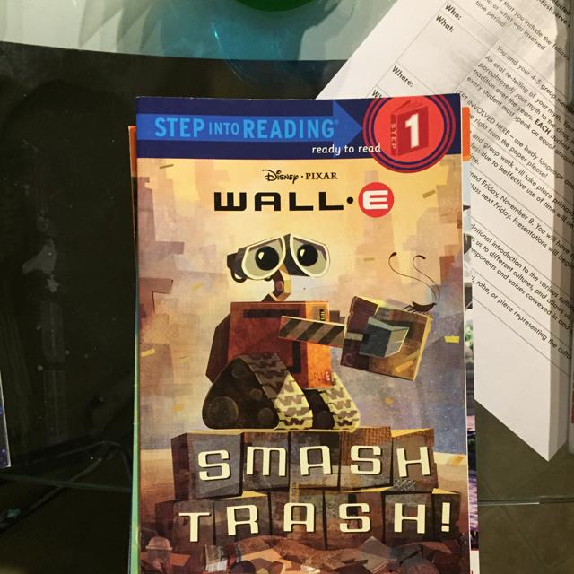 Wall-E Smash Trash