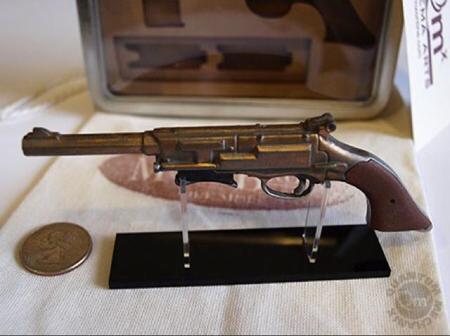 Mal Pistol Replica Keepsake