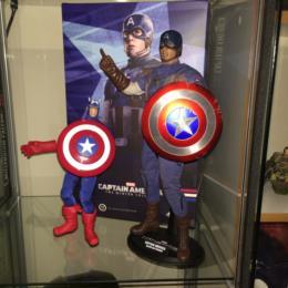 Hot Toys Captain America (Golden Age)