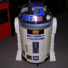 New In Box Star Wars R2D2 Beverage Cooler for sale
